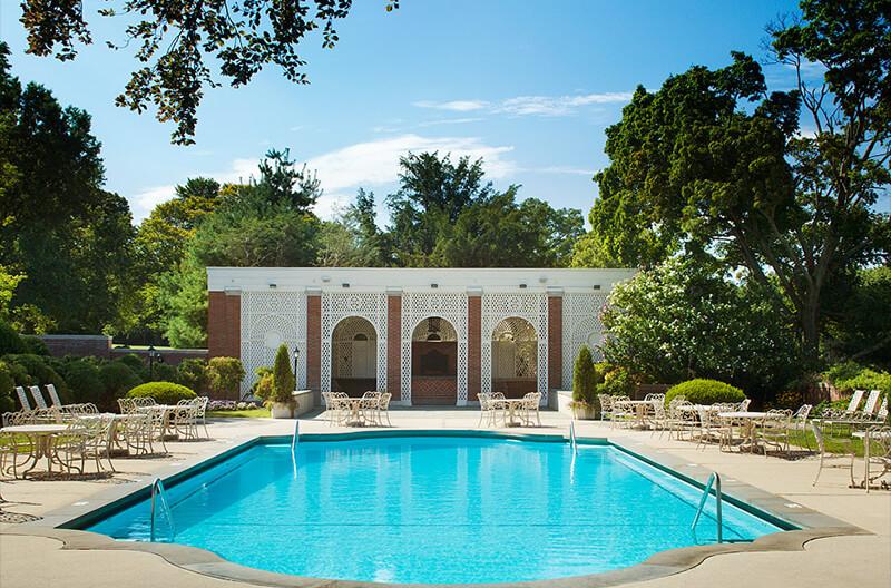 Glen Cove Pool